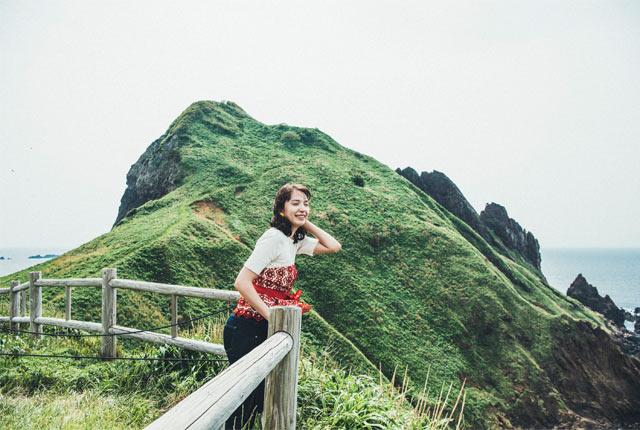 山頂を眺めながら風を感じて。