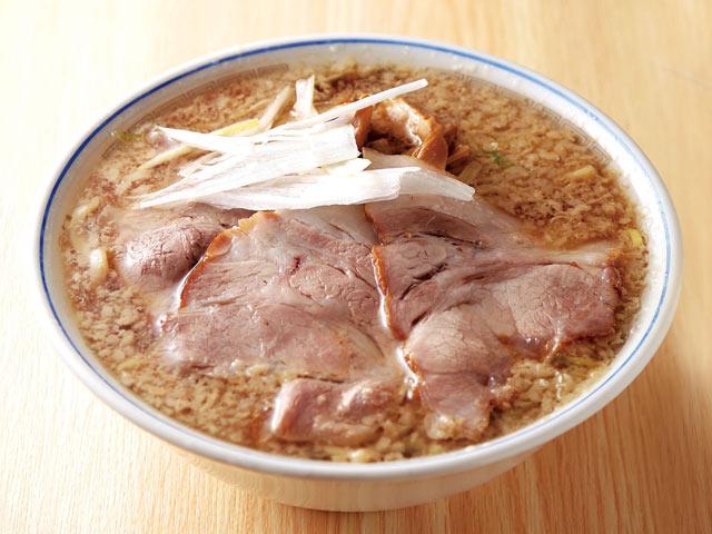 長岡市で背脂といえばココ!〈安福亭 本店〉老麺(750円)