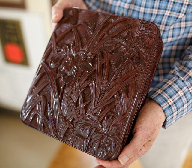 30代の頃に川上さんが手がけた朱溜塗木箱
