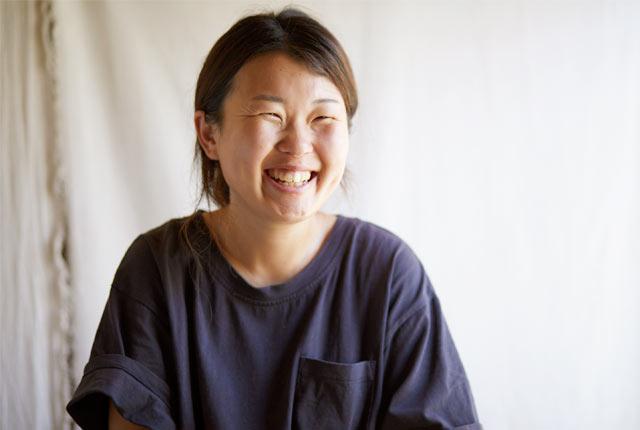 ゲストハウス〈おむすびのいえ〉のオーナー青柳花子さん