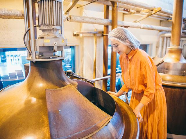 麦汁を作る巨大な仕込釜