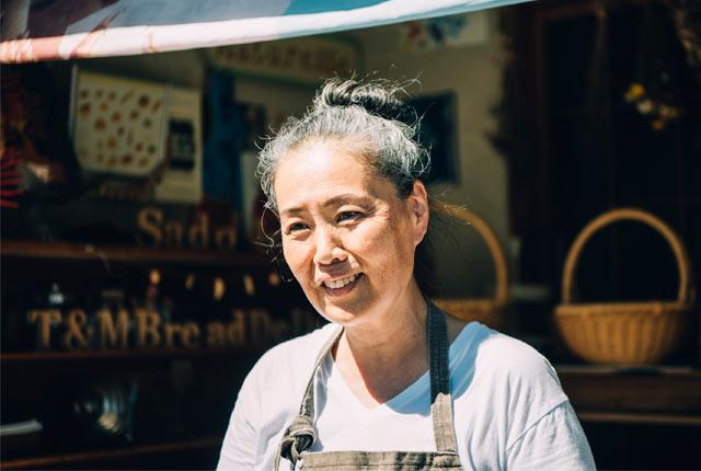 山崎智子さん