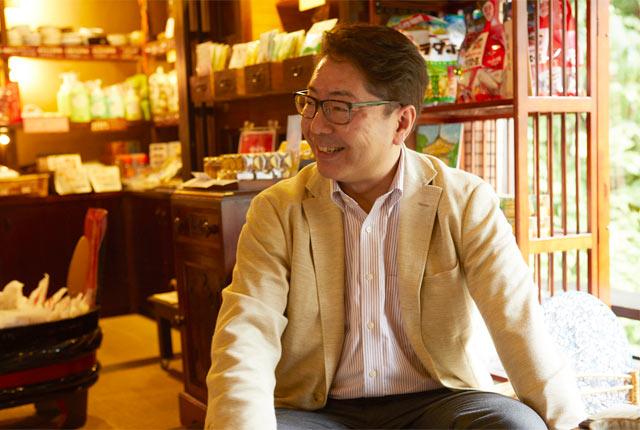 〈角屋旅館〉6代目主人の安永俊さん