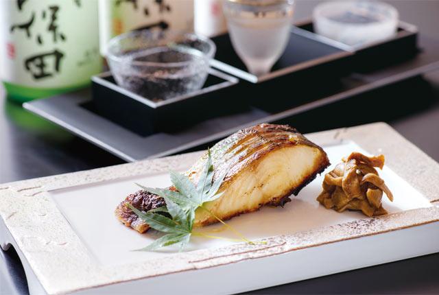 焼き魚と日本酒の組み合わせ