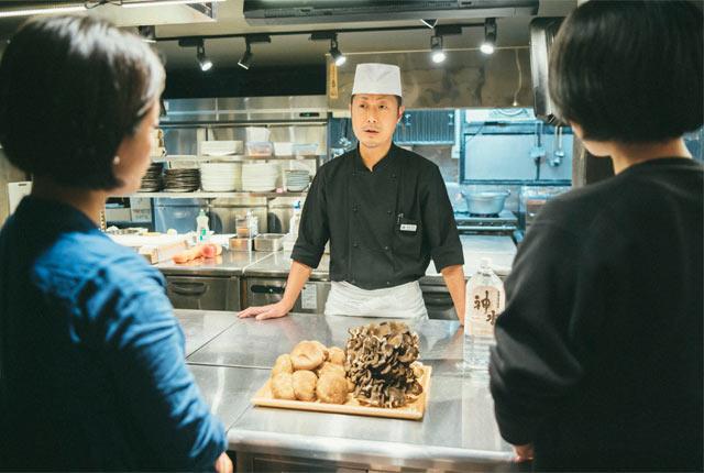 料理長・桑名宣晃さん