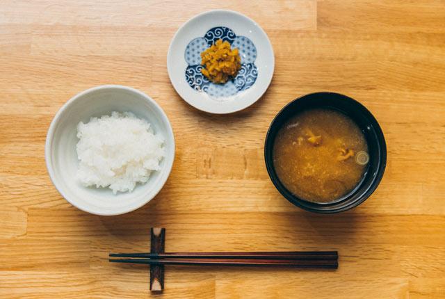 魚沼産コシヒカリは土鍋で炊く