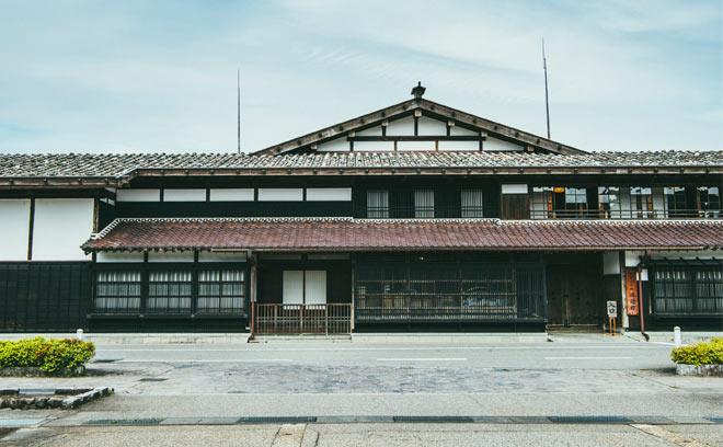 新潟の文化に触れる大人の旅