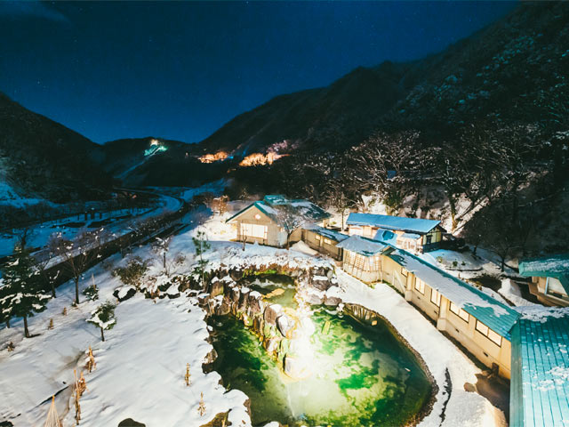 姫川温泉の〈國富翠泉閣〉