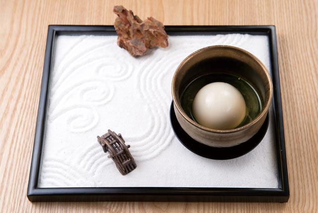 「温かい白胡麻豆腐 まりごま 冨士美園のお茶付」