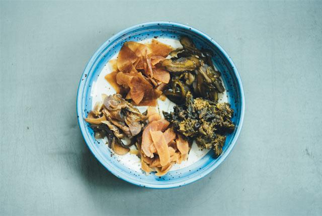 生姜、なす、大根、きゅうり、ふきのとうのみそ漬