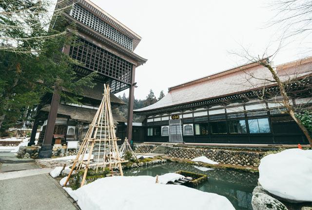 西福寺の本堂と開山堂