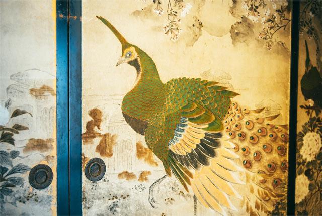 孔雀の襖絵