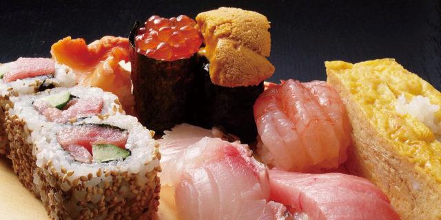 新潟県・長岡市の寿司の名店〈鮨芳 すしよし〉。おすすめはカウンター席!