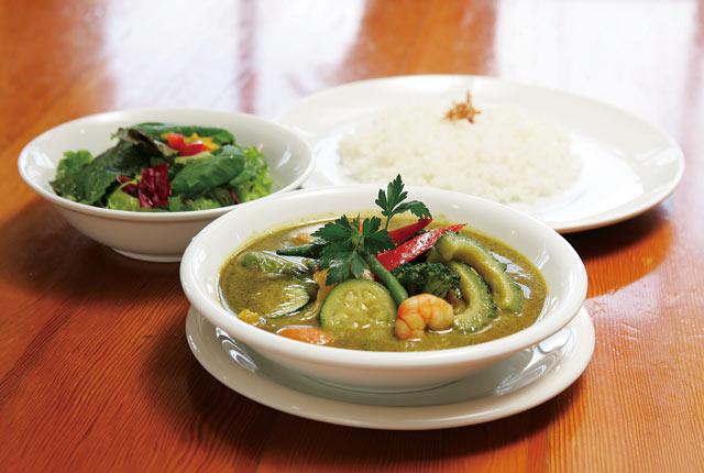 エビと野菜のグリーンカレー