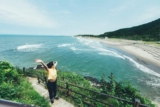 灯台から眺めた角田浜