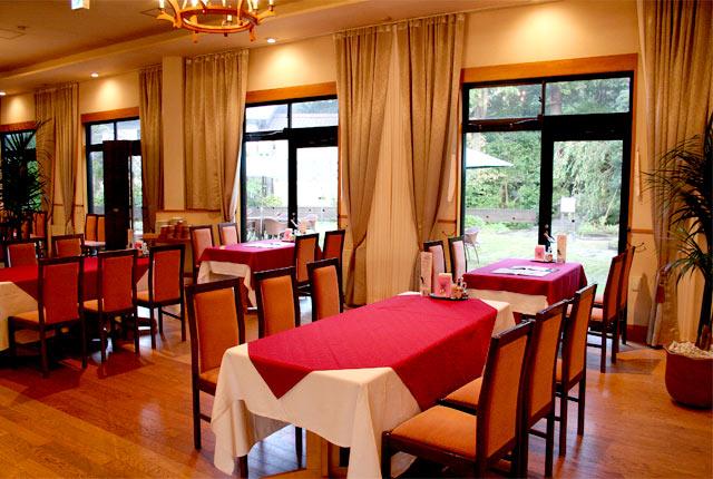 格調高い雰囲気のレストラン