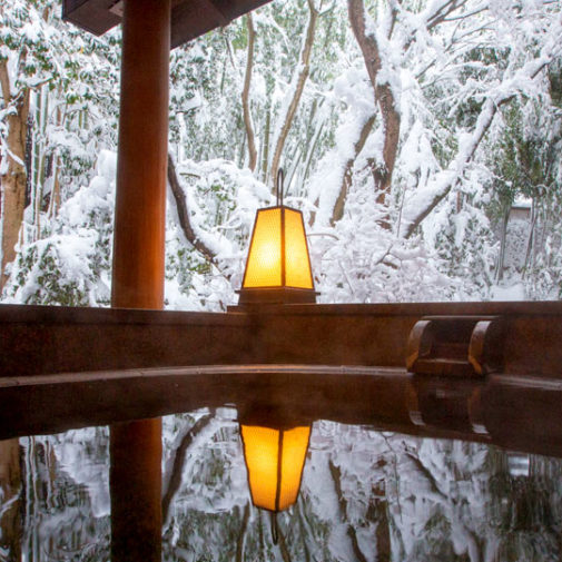 白銀の世界に包まれる、雪見風呂ができる温泉宿3選