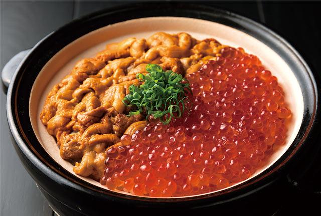 雲丹といくらの伊賀焼土鍋ご飯
