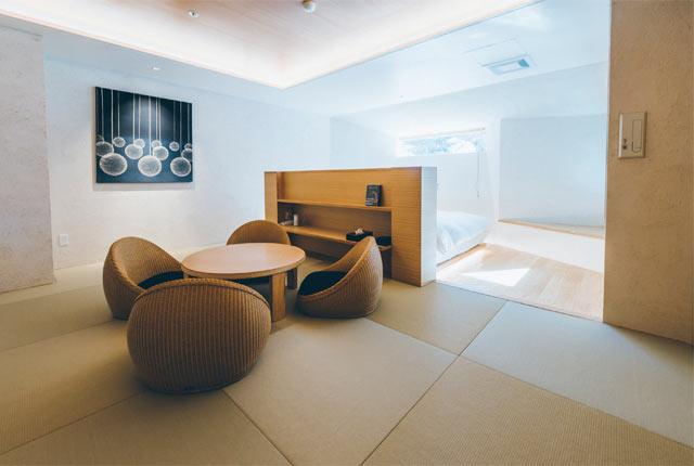 〈露天風呂付き特別室〉の客室