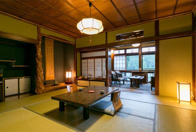 凌雲閣の客室