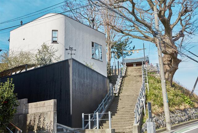 日和山住吉神社と〈日和山五合目 hiyoriyama coffee〉