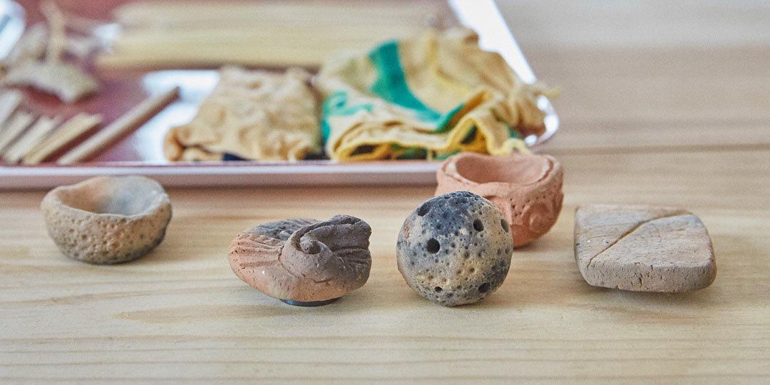 火焔型土器チョコづくりとミニチュア縄文土器づくり