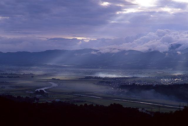 枡形山からの越路