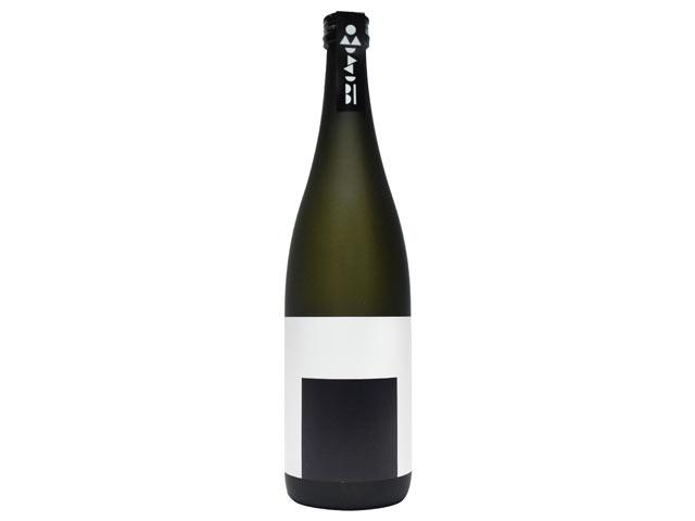〈新潟清酒 おむすび 黒〉のボトル