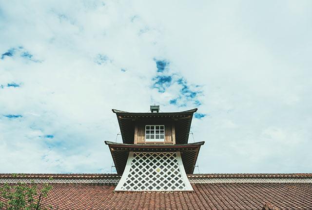 旧新潟税関庁舎の屋根