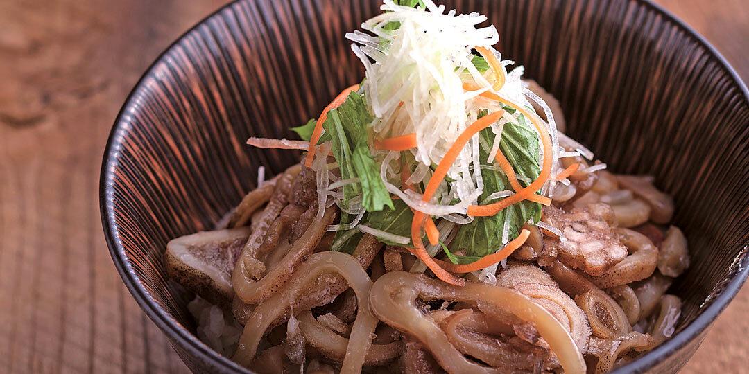 新潟市〈いし井〉の絶品「真イカしょう油漬丼」