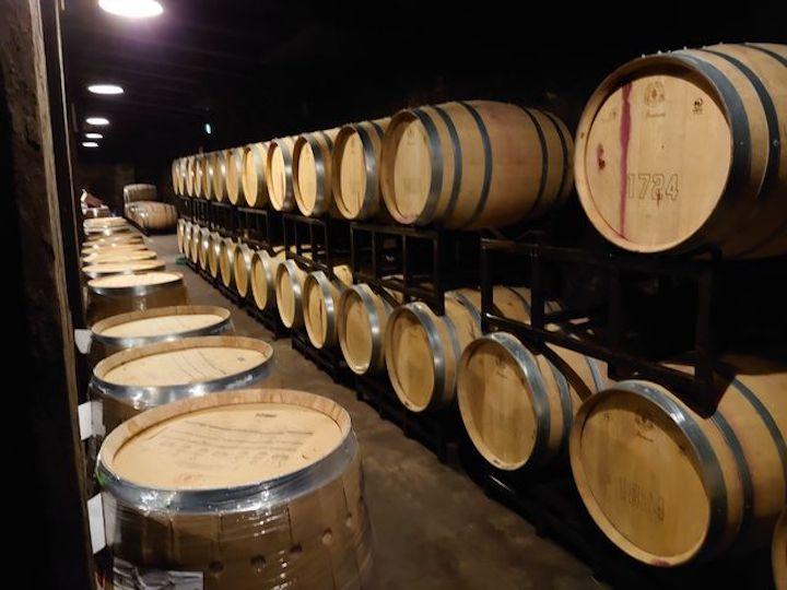 ワイン造りの樽