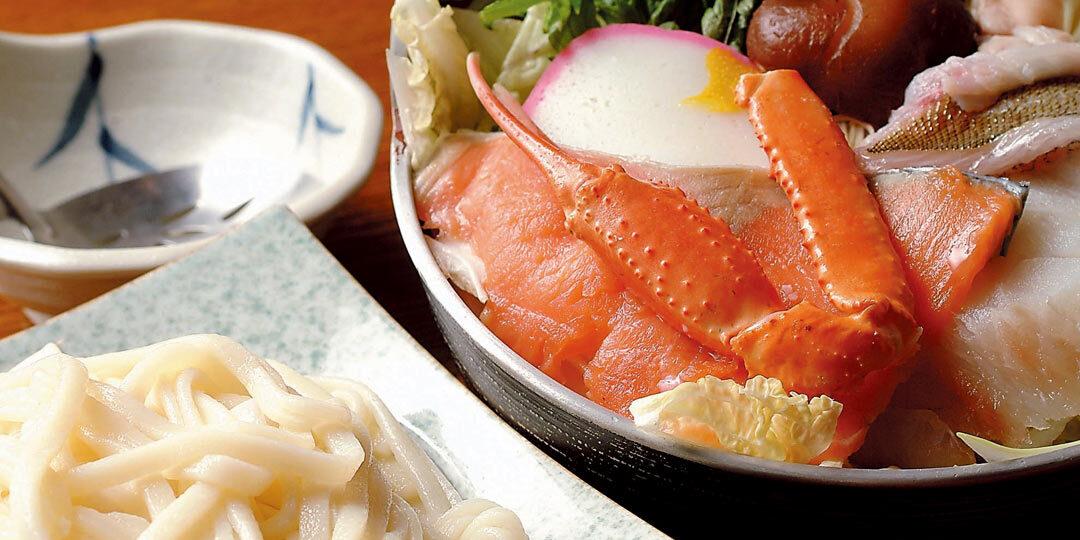 湯沢町〈和食処 茶屋 森瀧〉で必ず注文したい、魚介満載の名物うどんすき