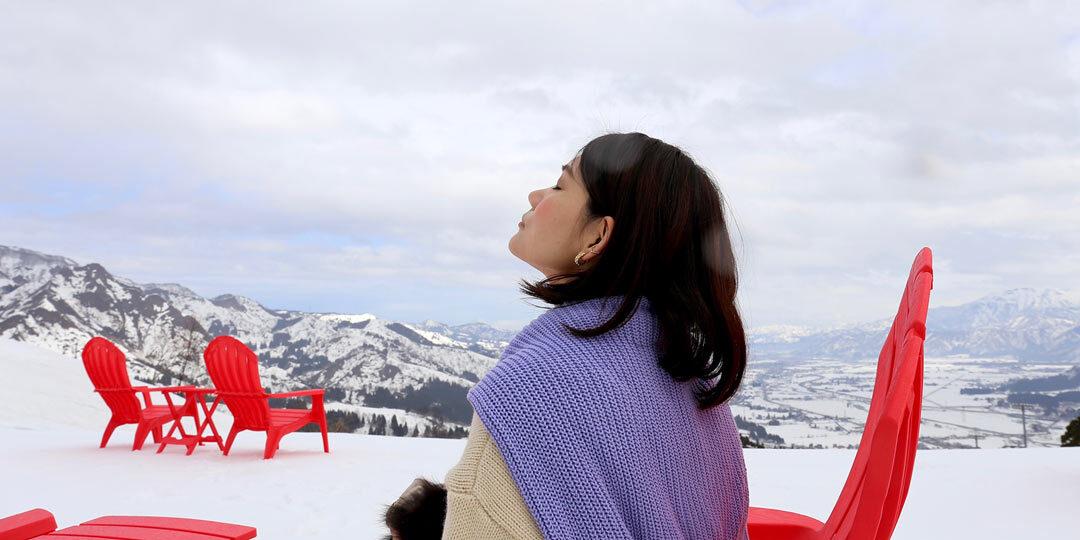 """2020年12月オープン〈石打丸山スキー場 スノーガーデン〉で""""滑らない雪山""""を楽しむ旅"""