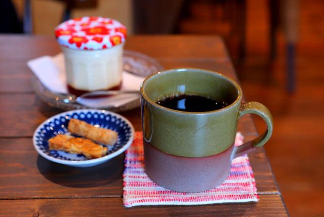 「コーヒー Hot」