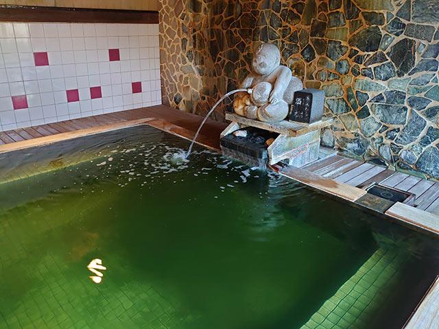 〈清風苑〉の大浴場