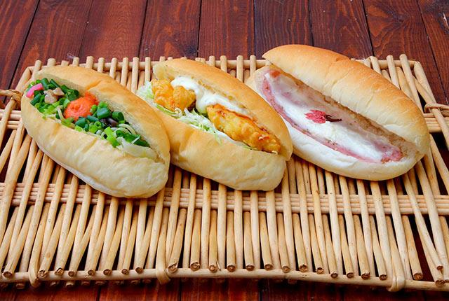 食事タイプのコッペパン3種