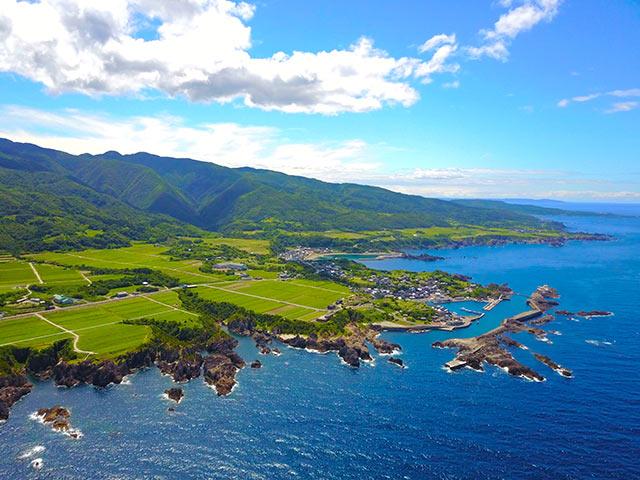 佐渡島の海